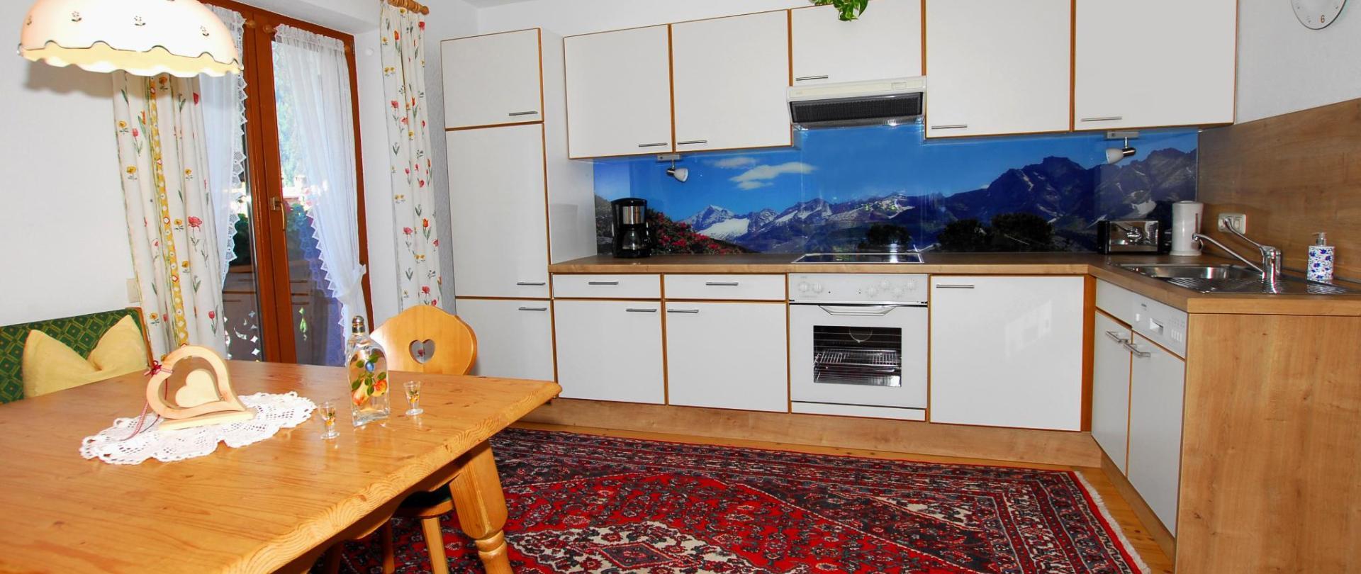 Ahorn Küche Fav..JPG