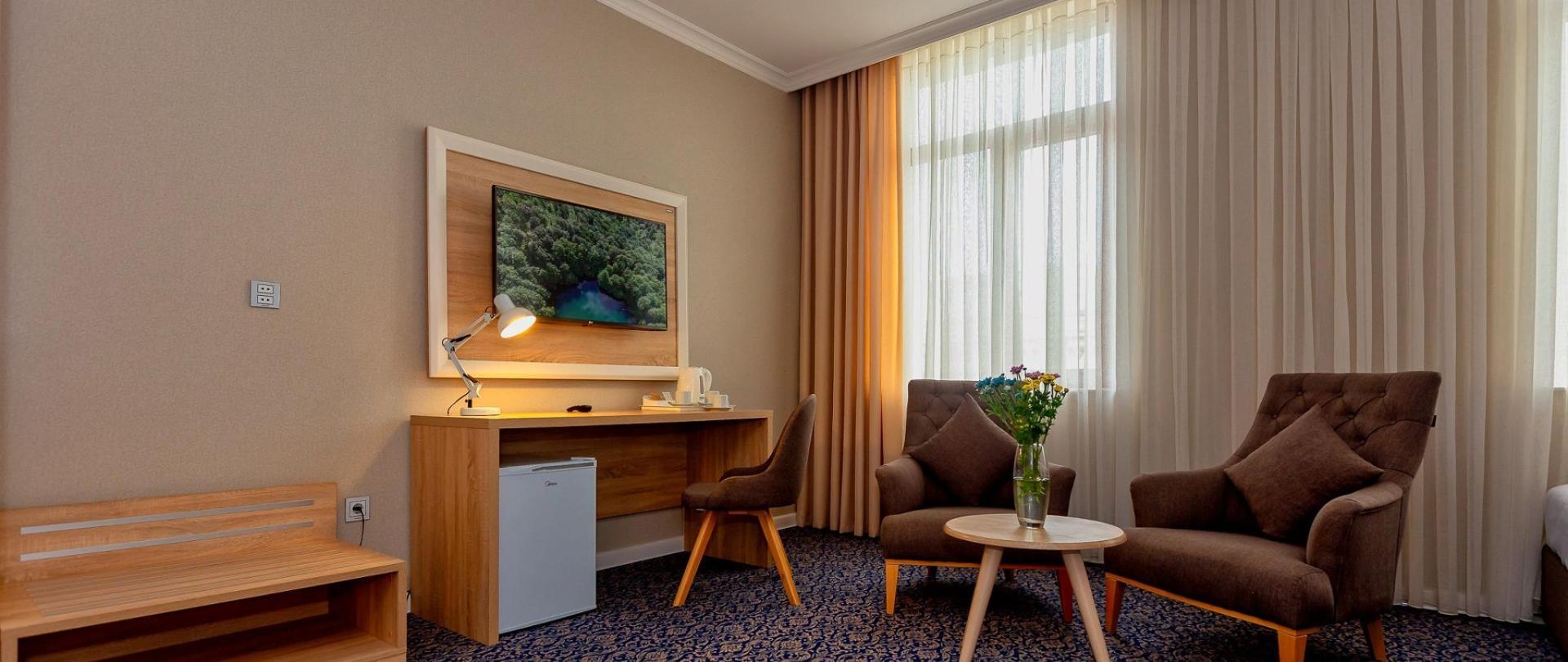 Metrocity Hotel-5.jpg