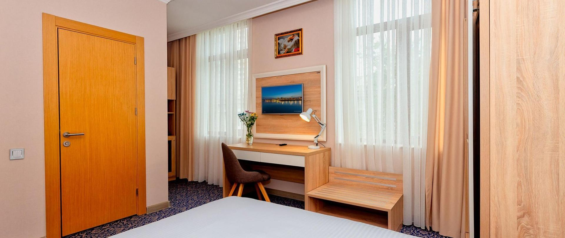 Metrocity Hotel-20.jpg