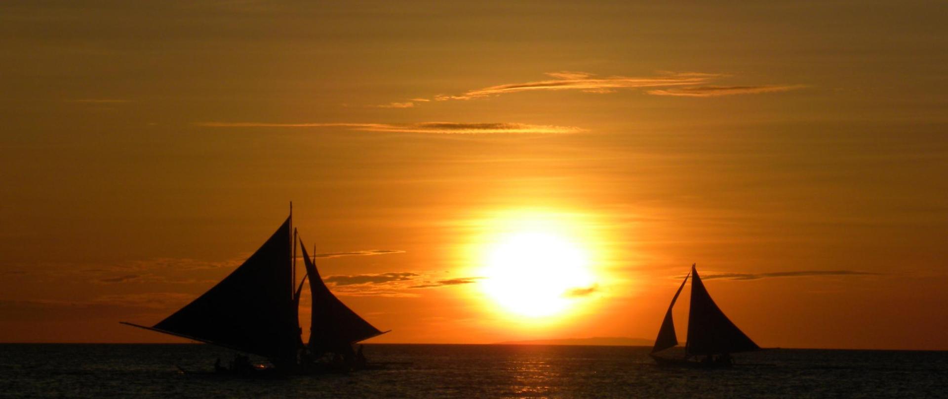 sunset-86214.jpg