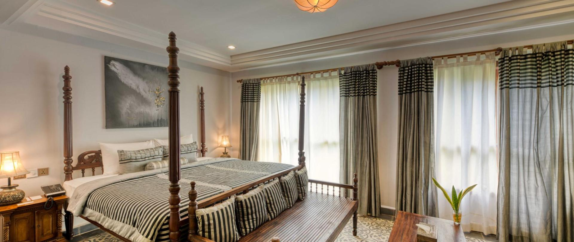 Historical Honeymoon Suite - Bedroom