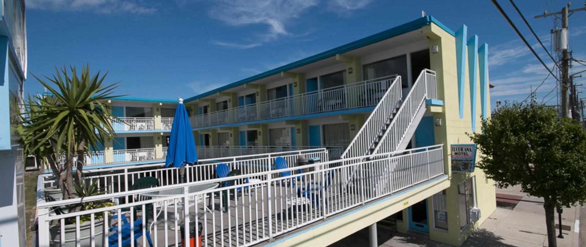 Tropicana Motel Exterior NE View.jpg