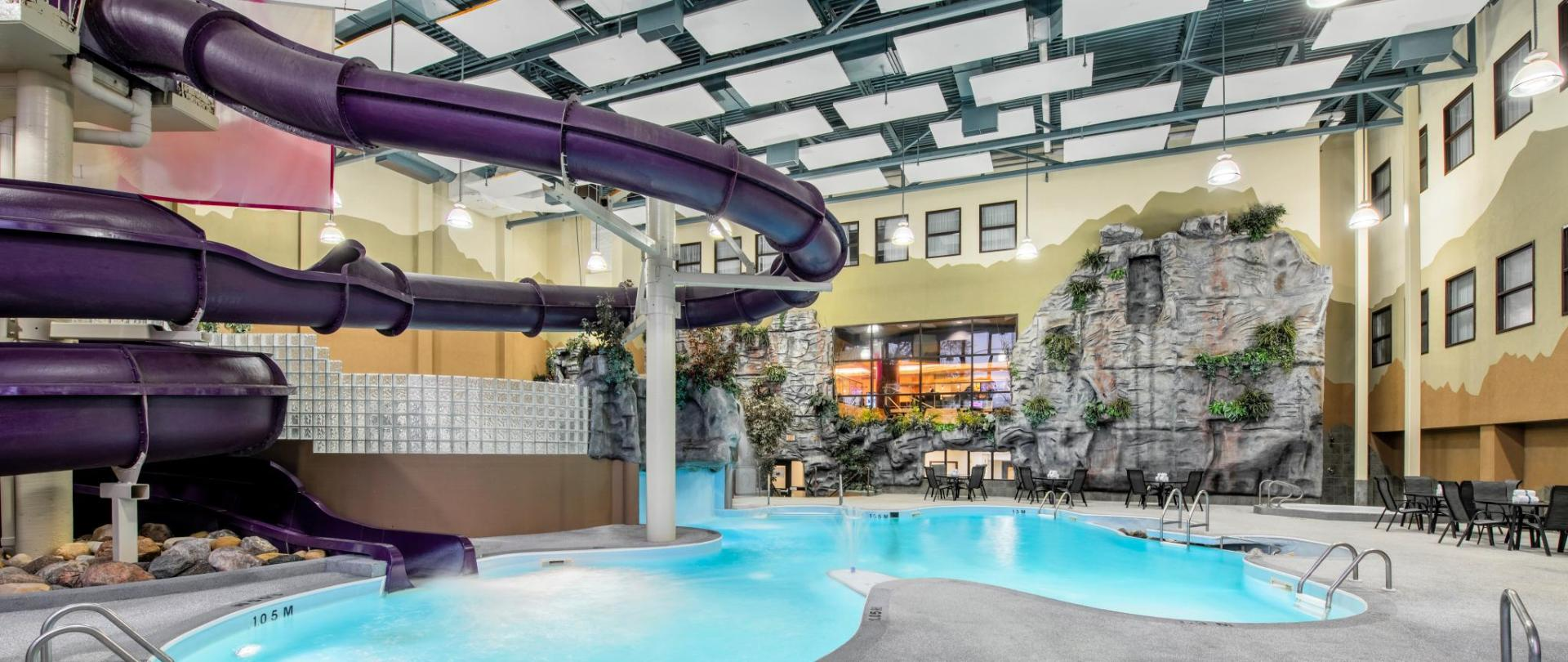 Clarion Hotel Indoor Waterpark with 2-storey Slide