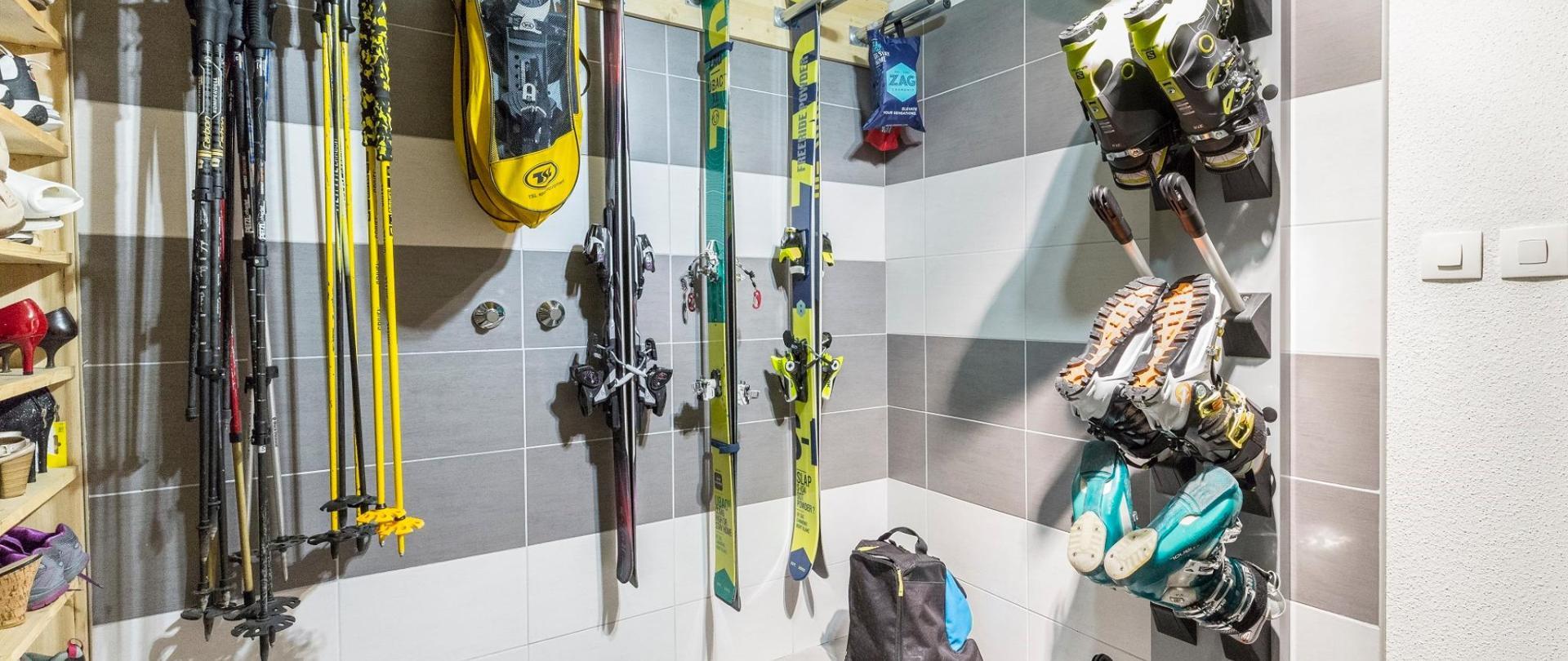 ski-room.jpg