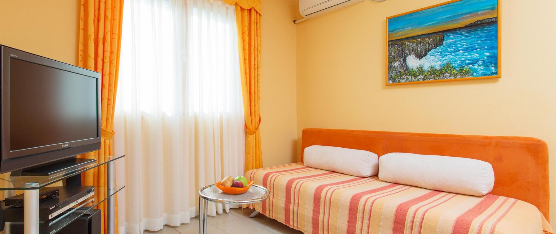 Apartments Đurović