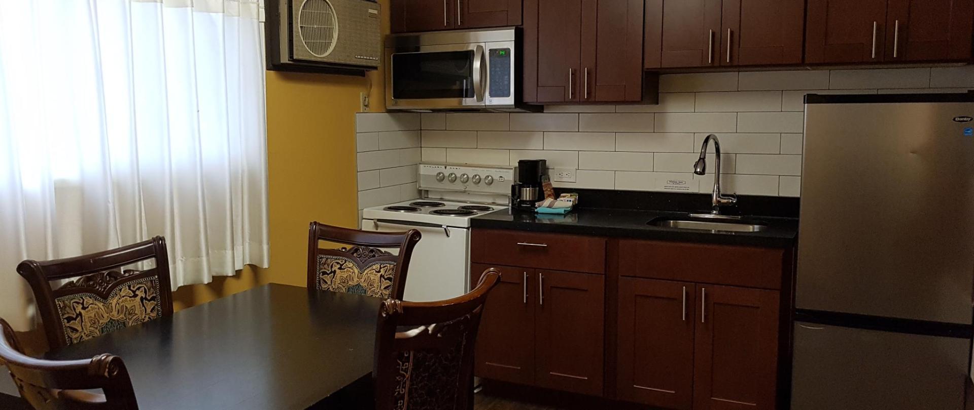 One Bedroom Kitchen Suite - Kitchen.jpg