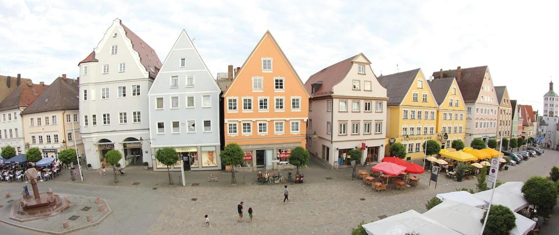Hotel-Traube-2014-Blick-auf-Marktplatz-2.jpg