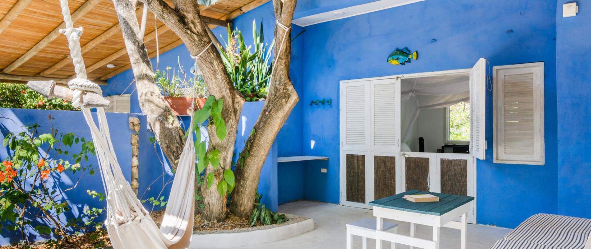 Livingroom Overview-1.jpg