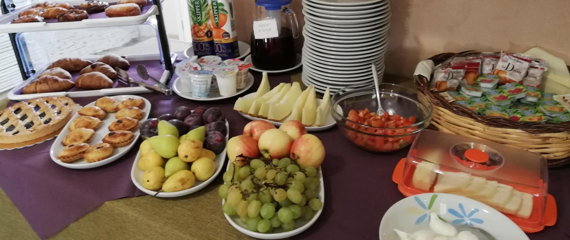 6 buffet colazione (5).jpg