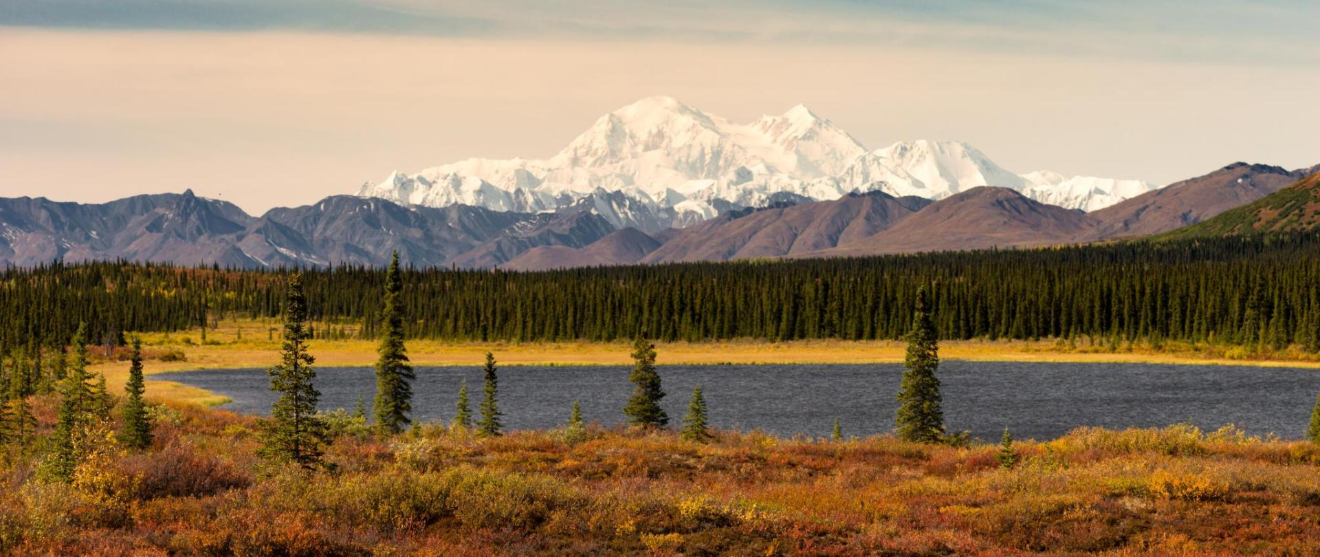 Denali Fall wonder lake © Christopher Boswell  .jpeg