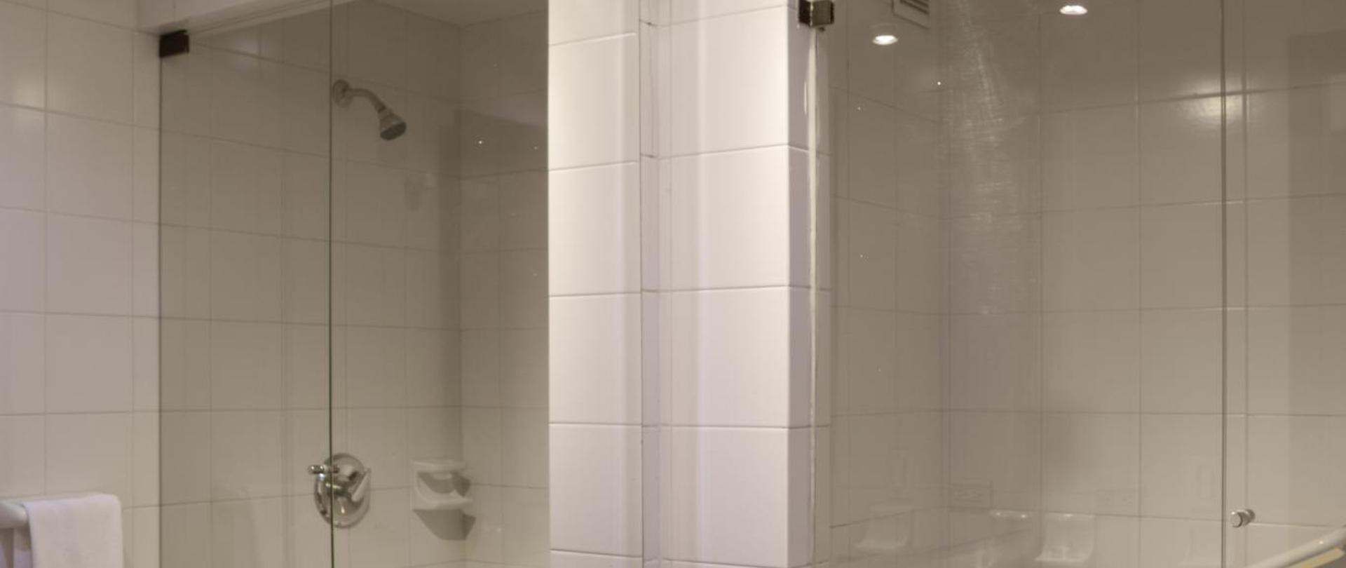 Baño St.jpg