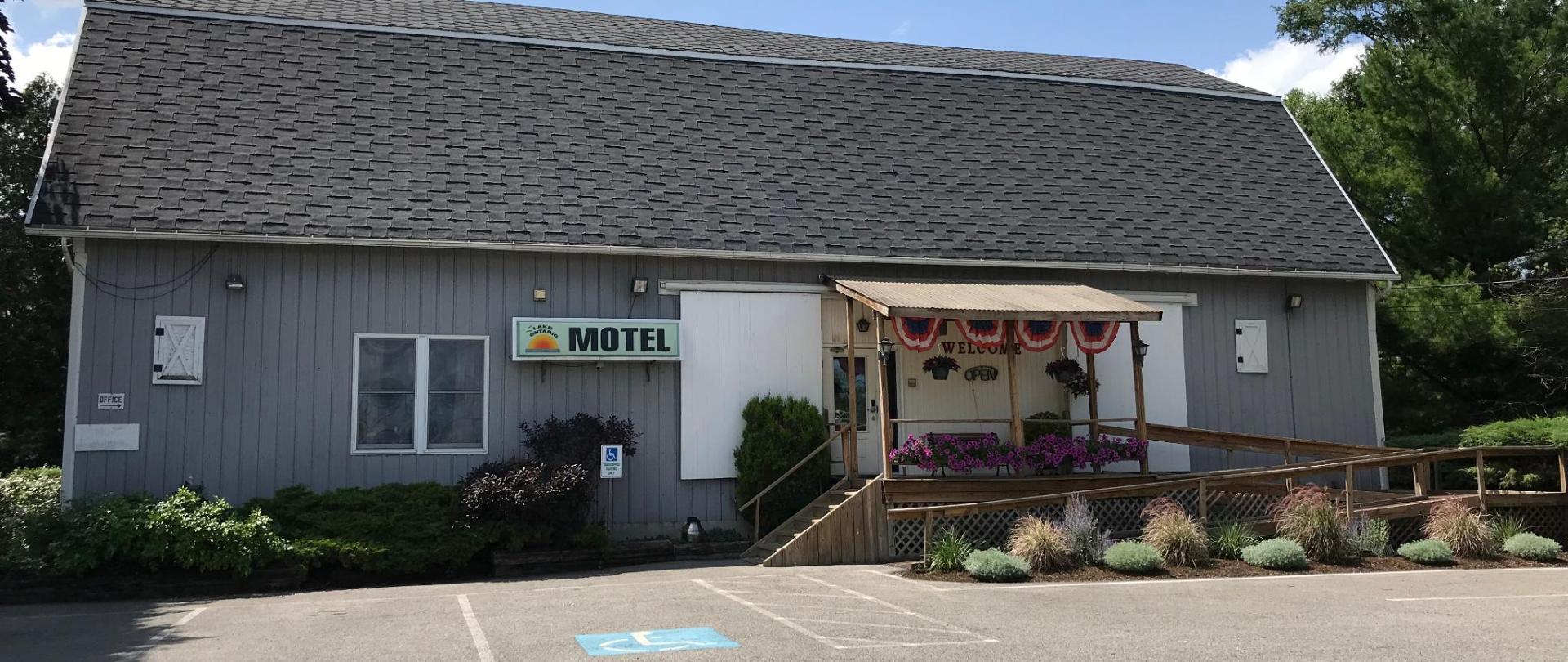 Lake Ontario Motel & Inn