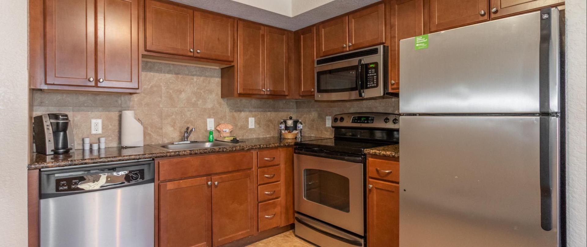 Suite Kitchen.jpg