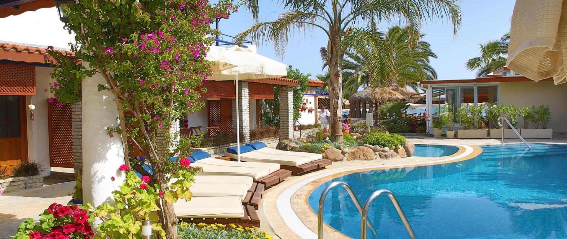 Yali Han Hotel