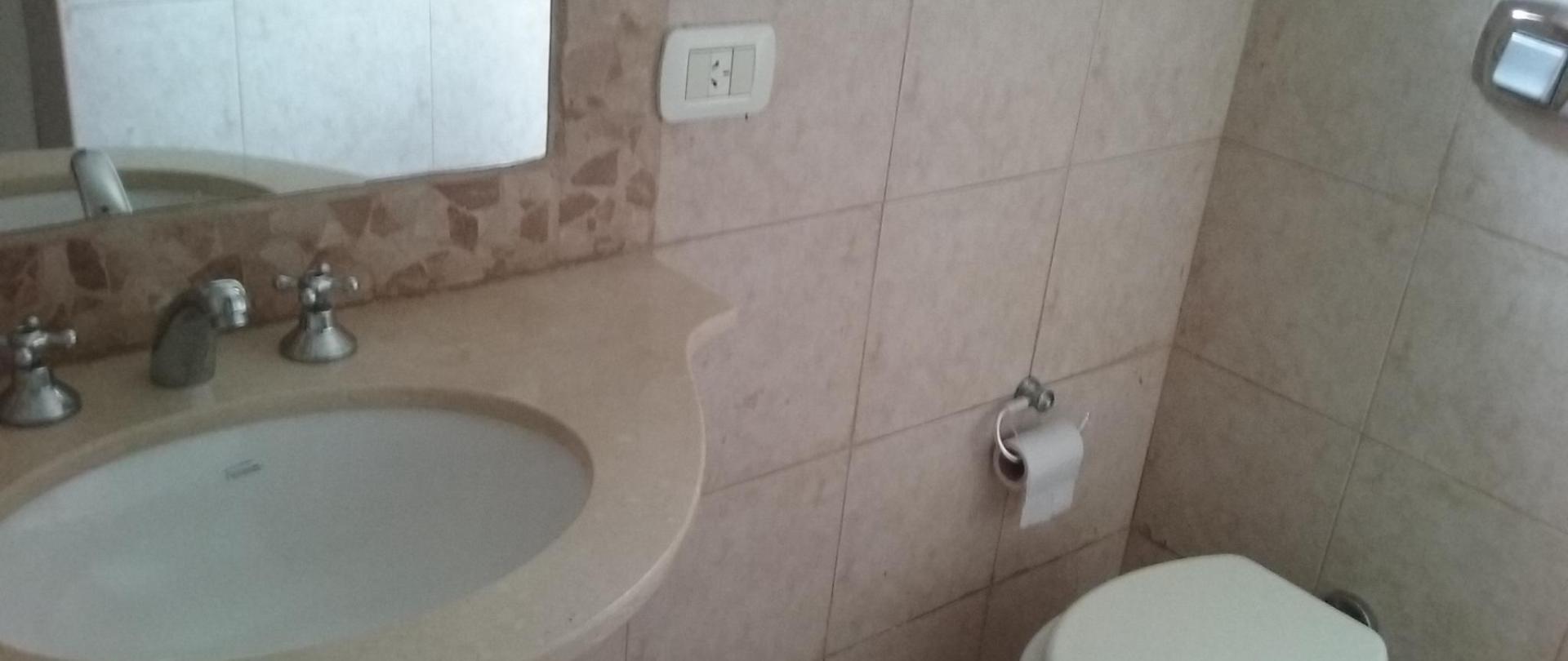 Baño Hotel Queguay.jpg