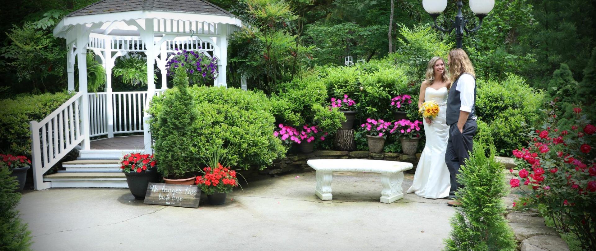 CATP - 2019 Gazebo Garden Couple 01.jpg