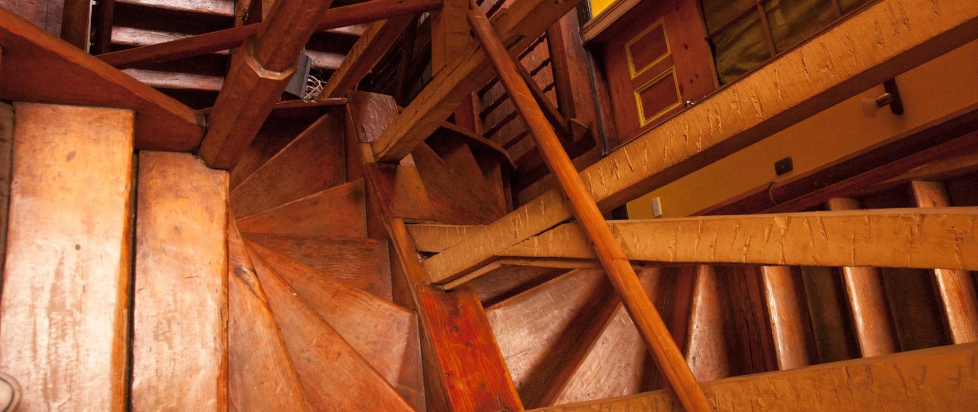 escaleras-lacasadelpuerto107.jpg