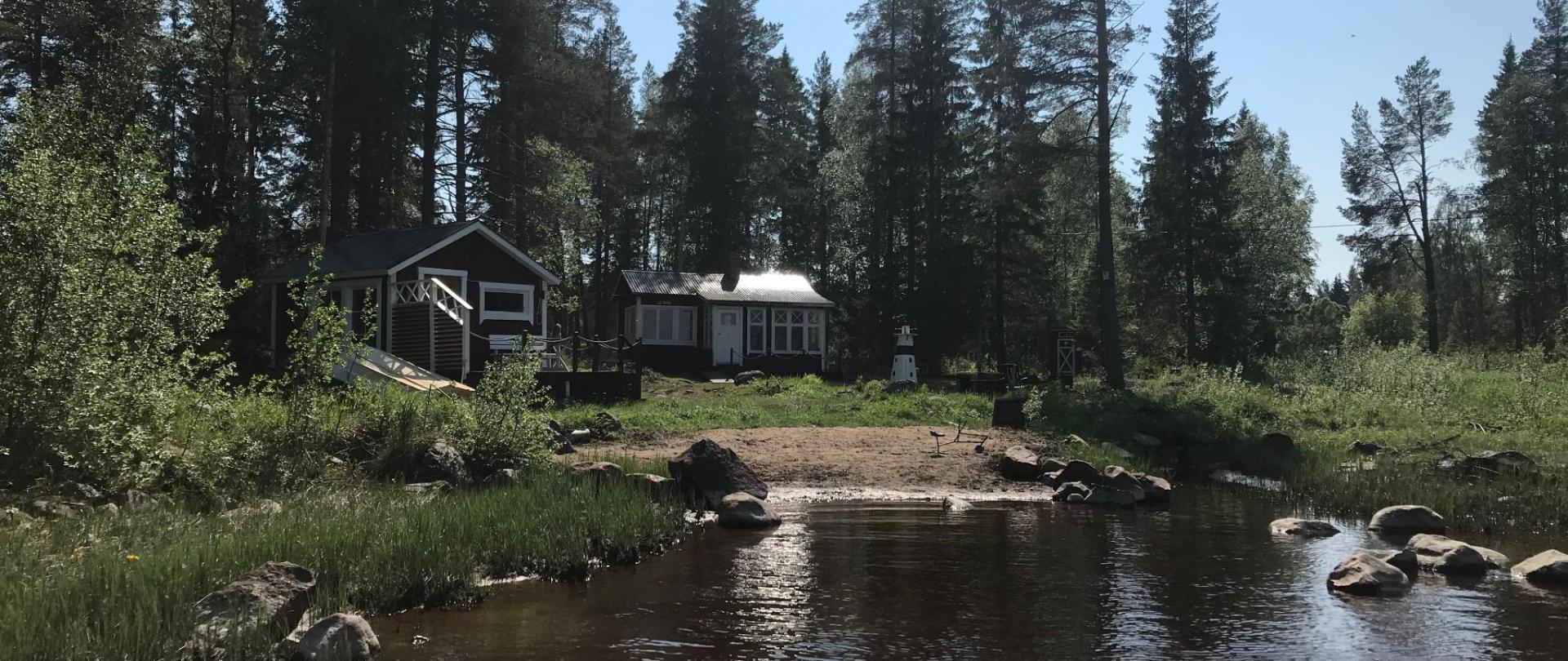 Aurora River Cabin