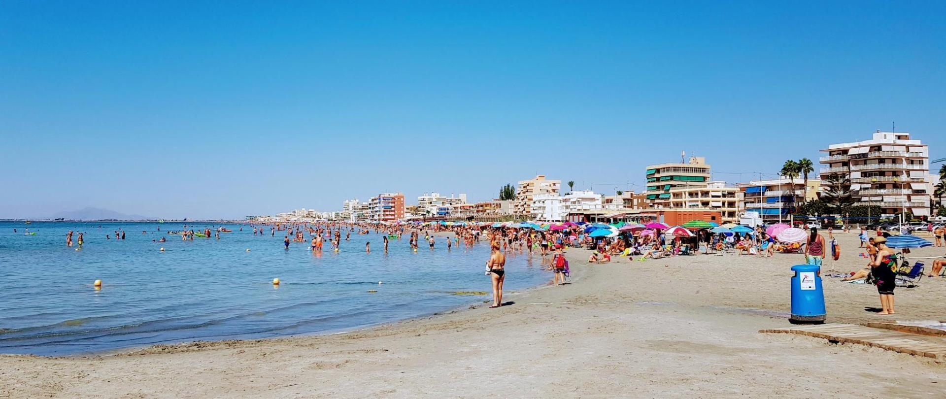 La Bonita Sun and Beach Holidays B&F