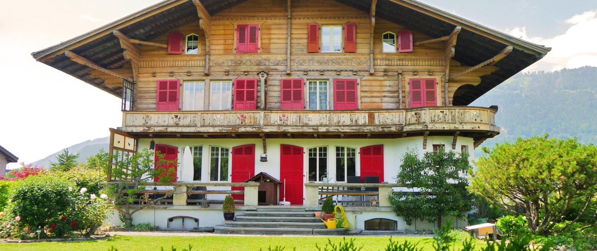 Chalet Maria Front 2.jpg