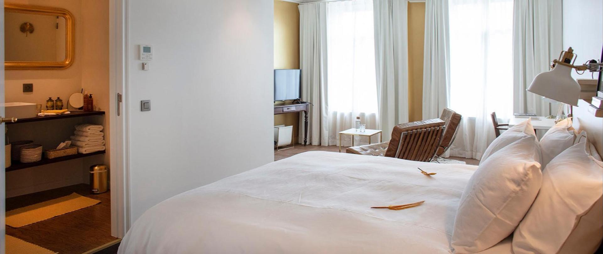 broel4 hotel kortrijk golden room overzicht.jpg