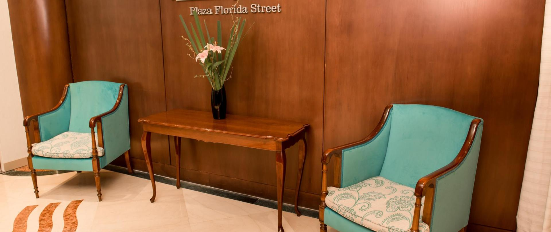 Howard Johnson Plaza Florida