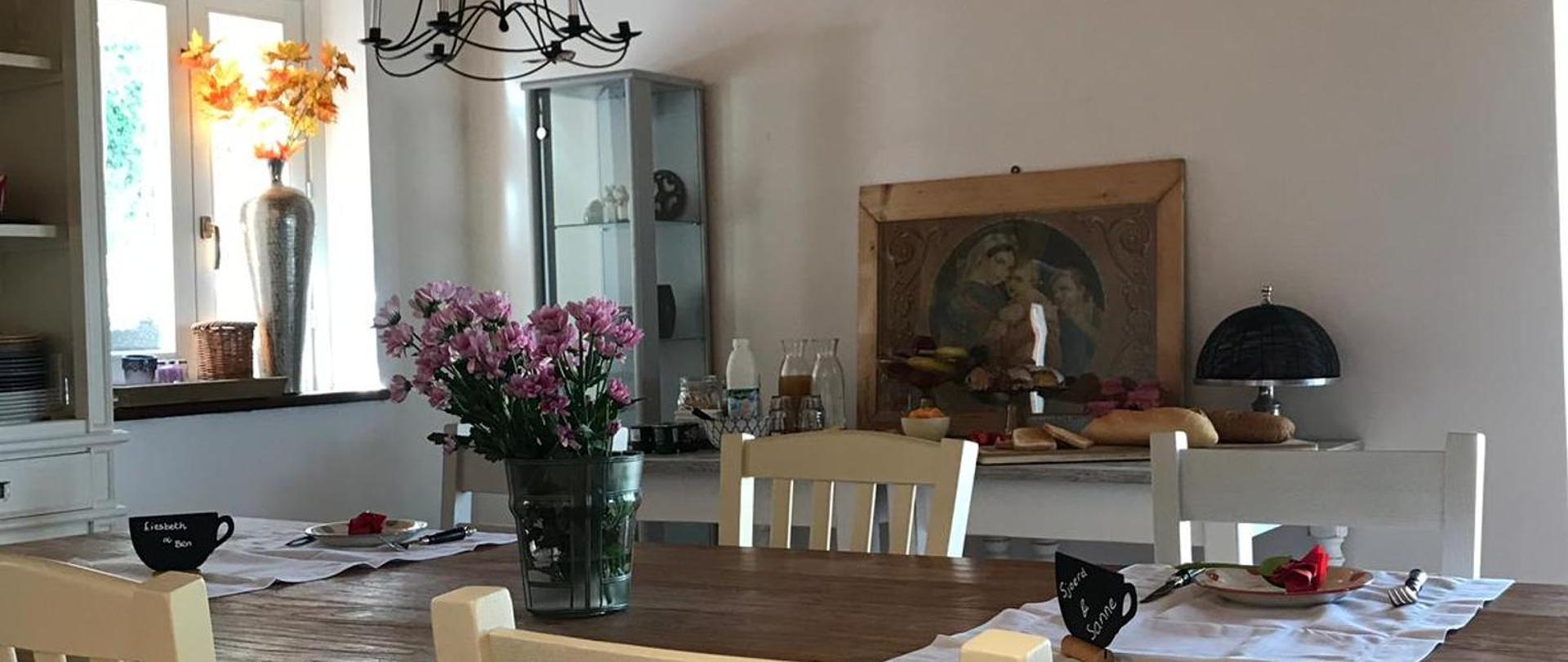 Breakfastroom 4.JPG