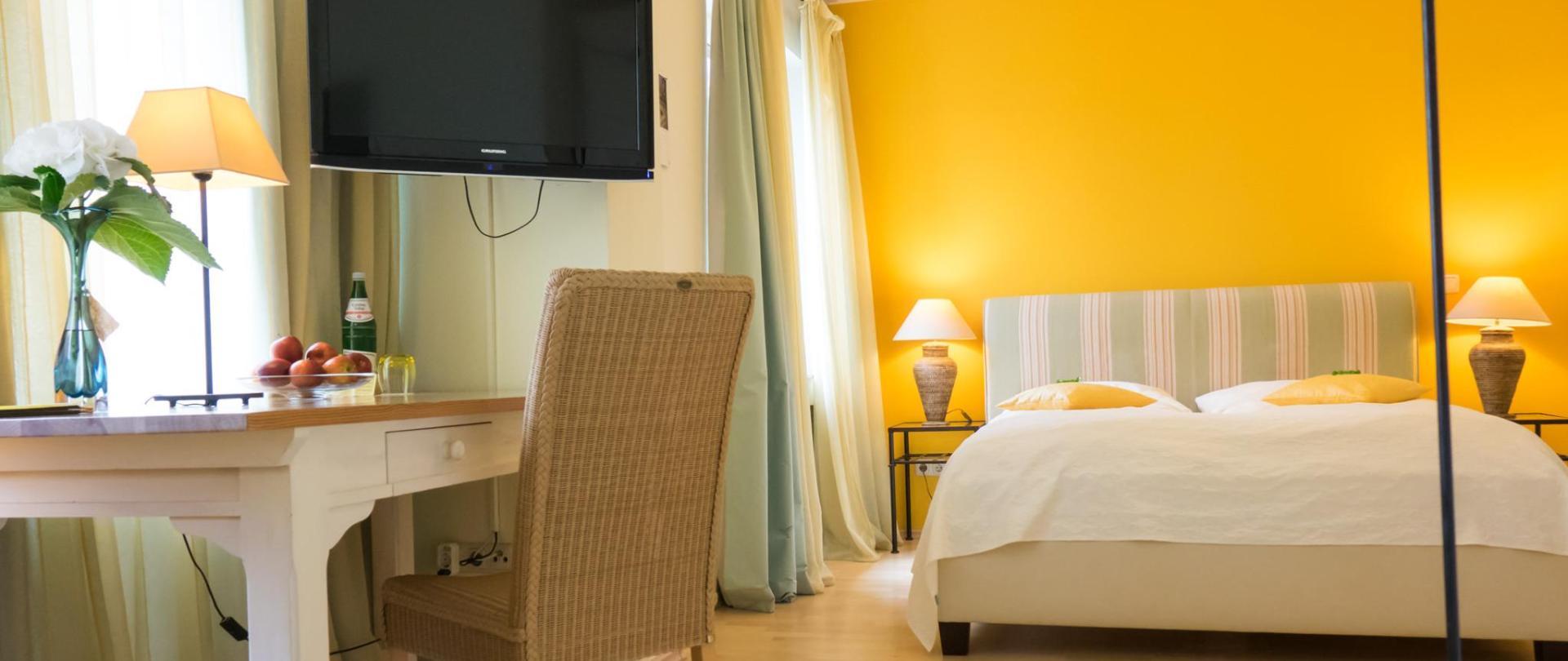 hotel-3koenige-aachen-zimmer_32-liege_02.jpg