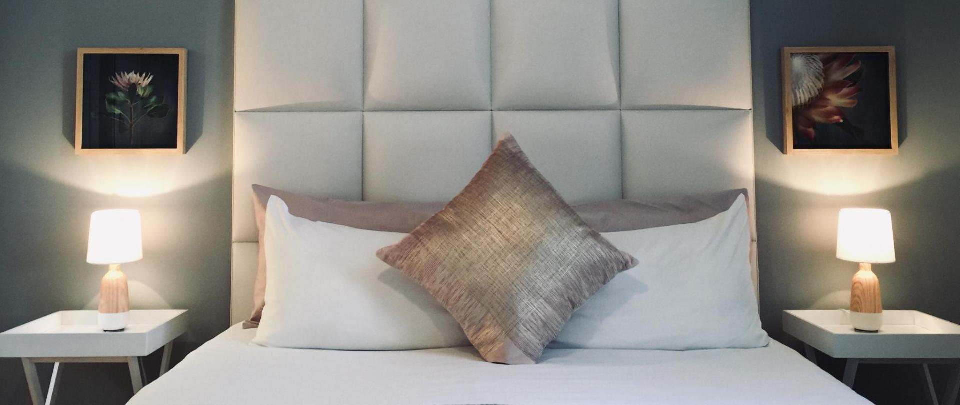 #2 bed.jpg