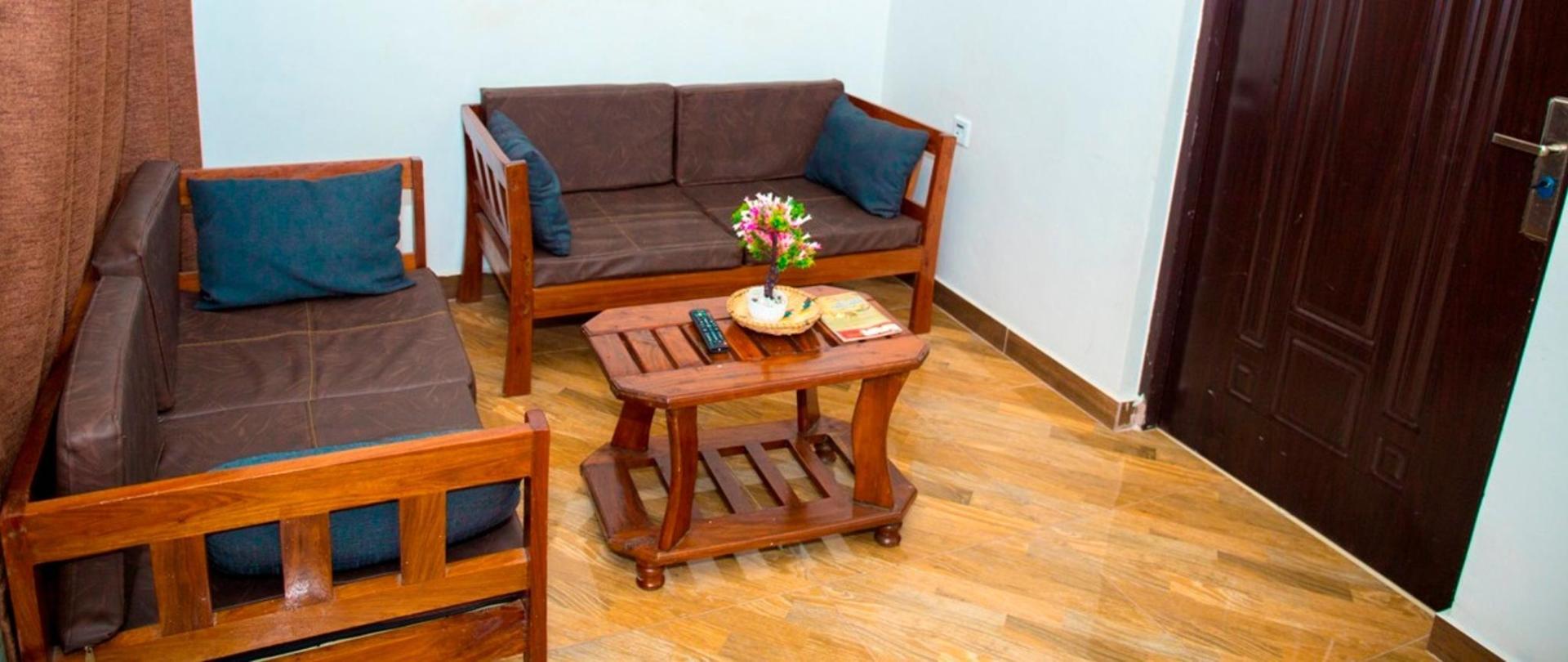 MIKOCHENI CONDO HOTEL099.jpg