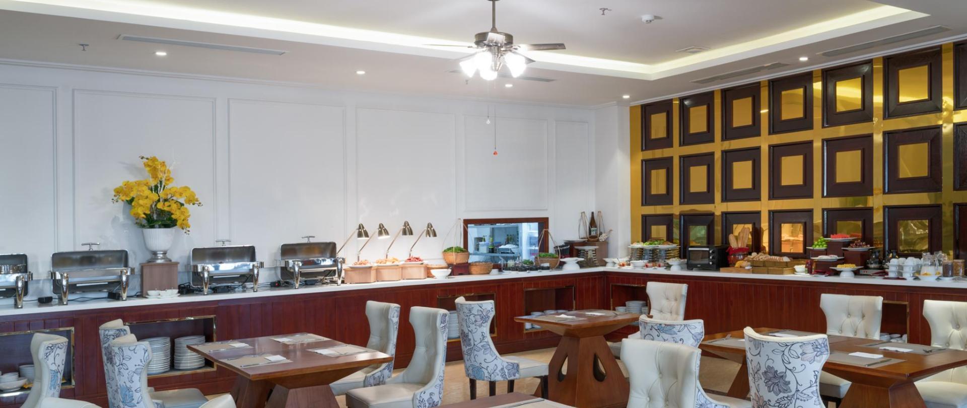 Ruby Light Hotel Danang