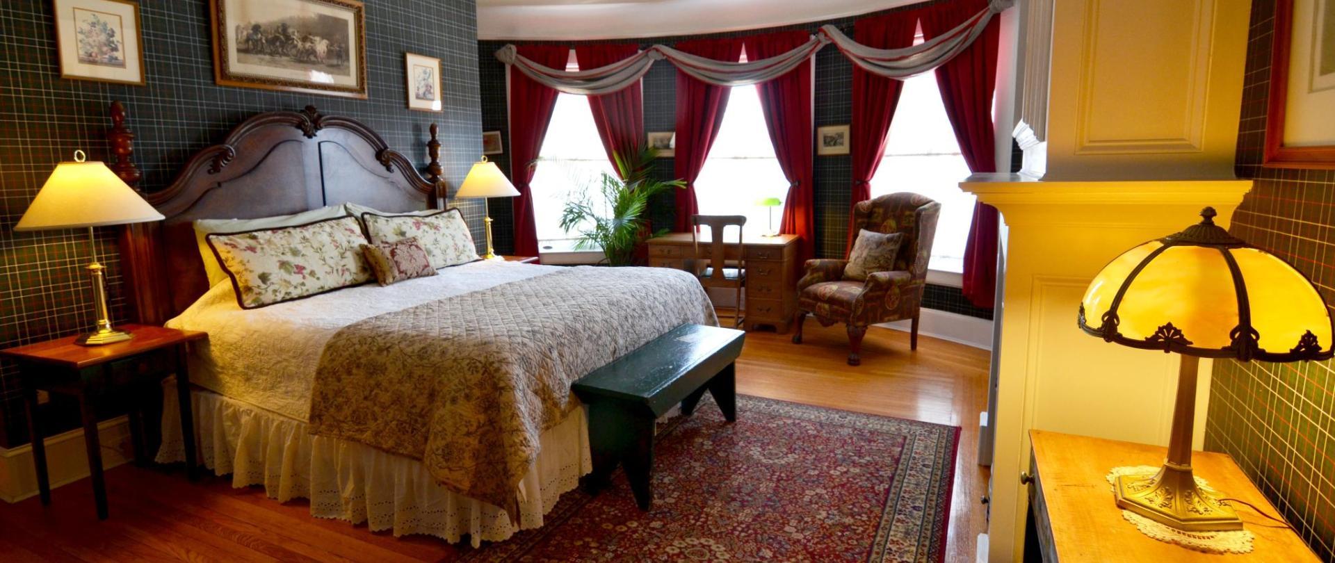Kate room.jpg