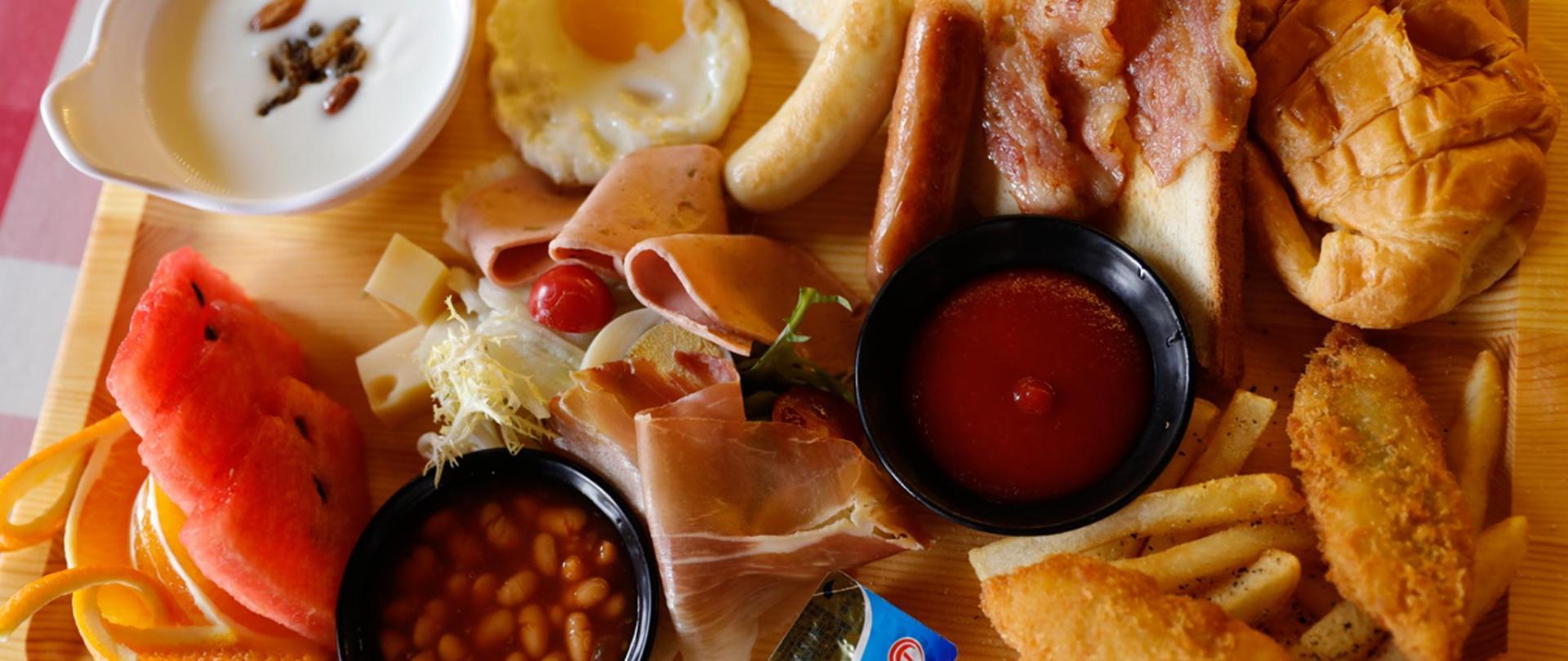 早餐 1200x900.jpg