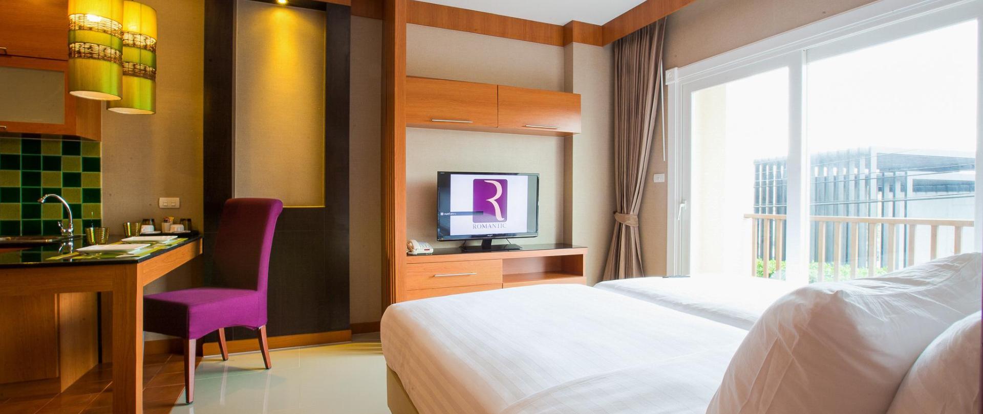 Romantic Khon Kaen Hotel