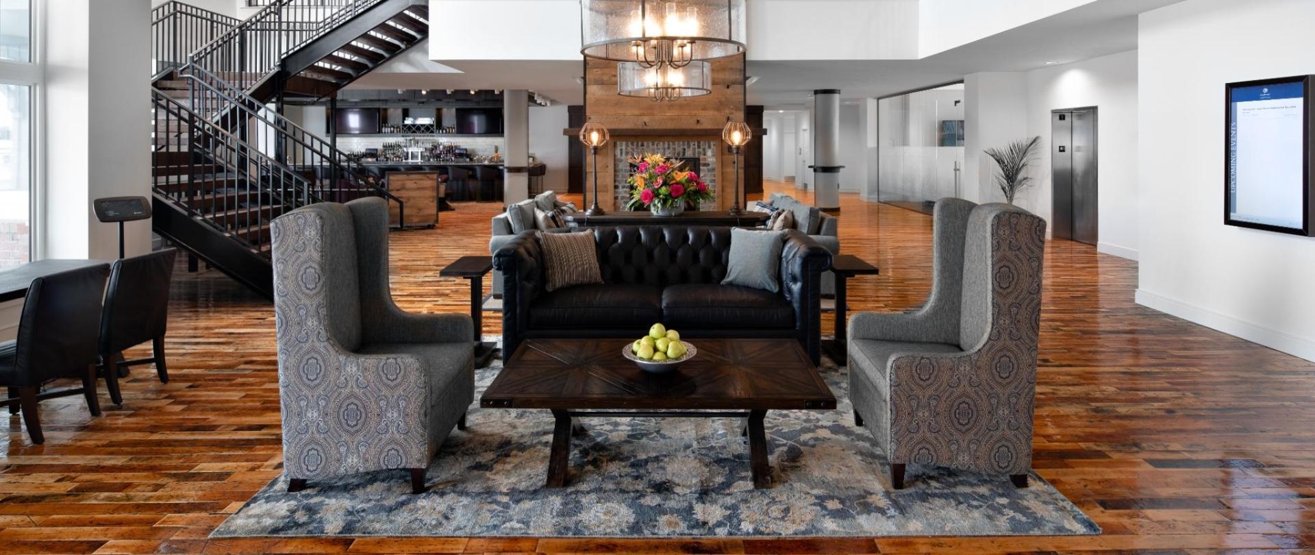 Ascend-Hotels-Lobby-Beaufort-Hotel-NC-1920x810.jpg