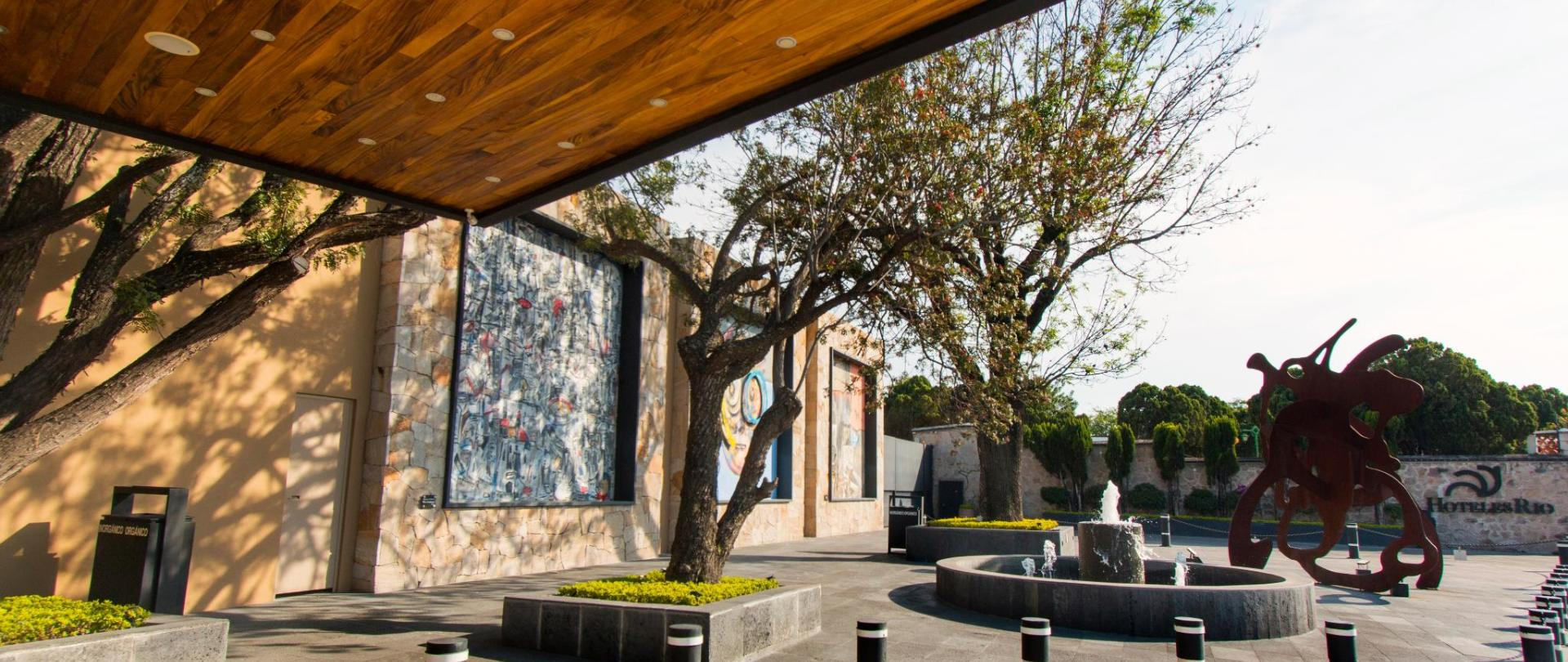 Hotel Rio Tequisquiapan Entrada Principal (8) - copia.jpg