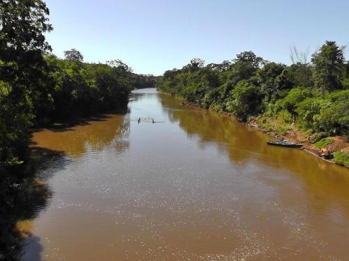 rio_miranda_-_entre_guia_lopes_da_laguna_e_bonito_-_mato_grosso_do_sul_-_panoramio.jpg