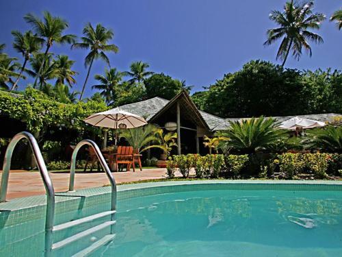 Bar et piscine