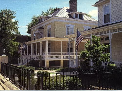 Two Houses, One Inn