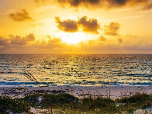 Exuma Sunrises & Sunsets