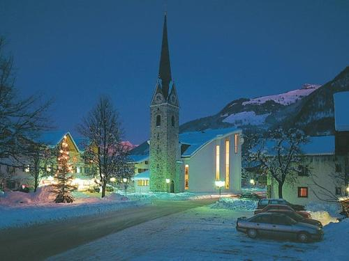 maishofen-bei-nacht-winter.jpg