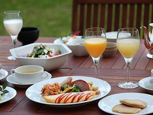 อาหารและเครื่องดื่ม