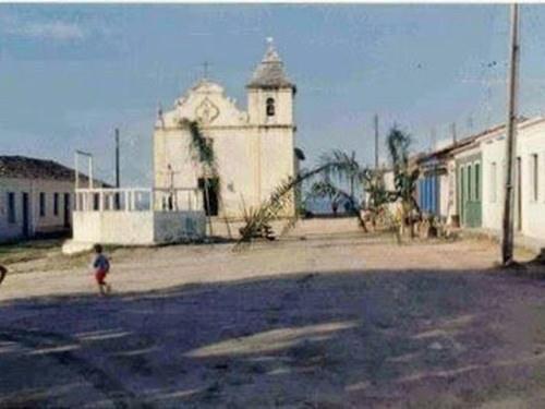 004-pousada-universo-igreja.jpg