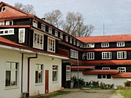 Ruka Cumelen, Branch Office