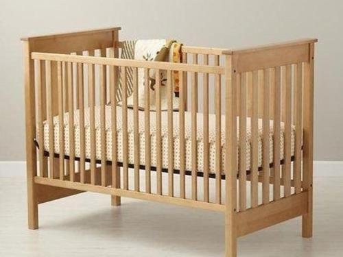 baby-crib-from-woodworking-plans.jpg