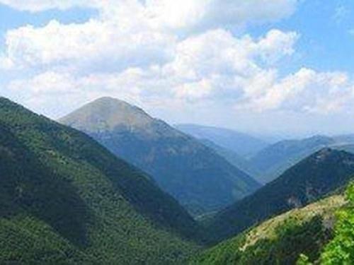 parco_naturale_monti_sibillini.jpg