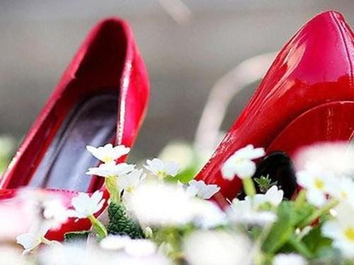 scarpe-mare-marche.jpg