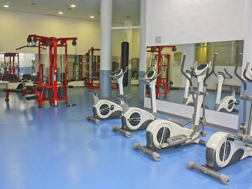 104-gym-img_8655_lzn.jpg