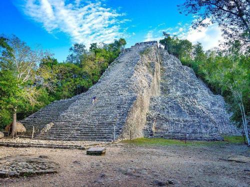 coba-nohoch-mul-pyramid-xl.jpg