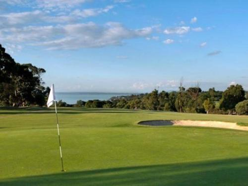 the-social-golf-club-at-mornington-golf-club-2.jpg